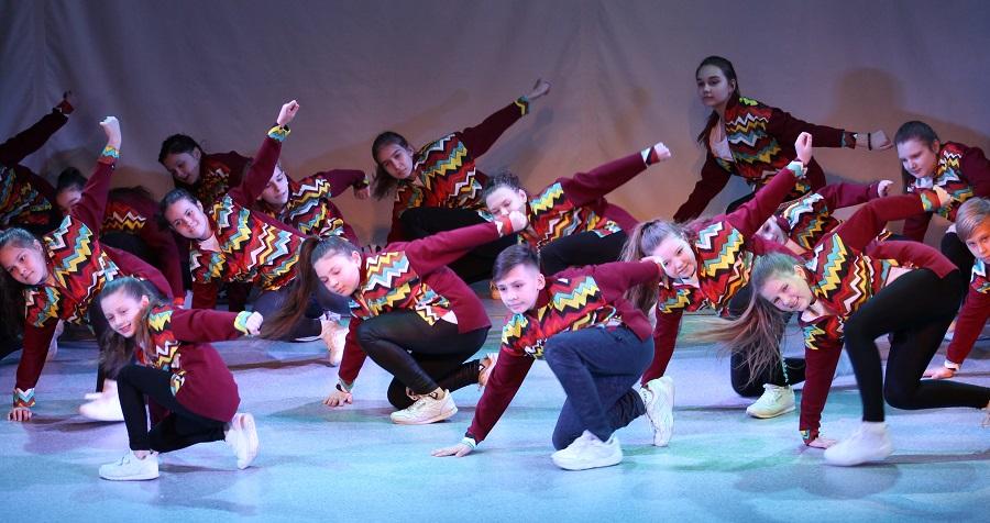 В КДМ прошел концерт cтудии фитнеса и танца «Твой мир», посвященный Дню защитника Отечества