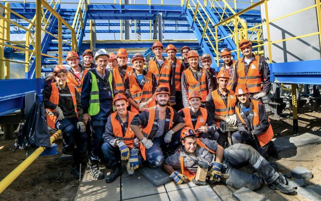 Шесть стройотрядов Алтайского края работают на всероссийской студенческой стройке в Якутии