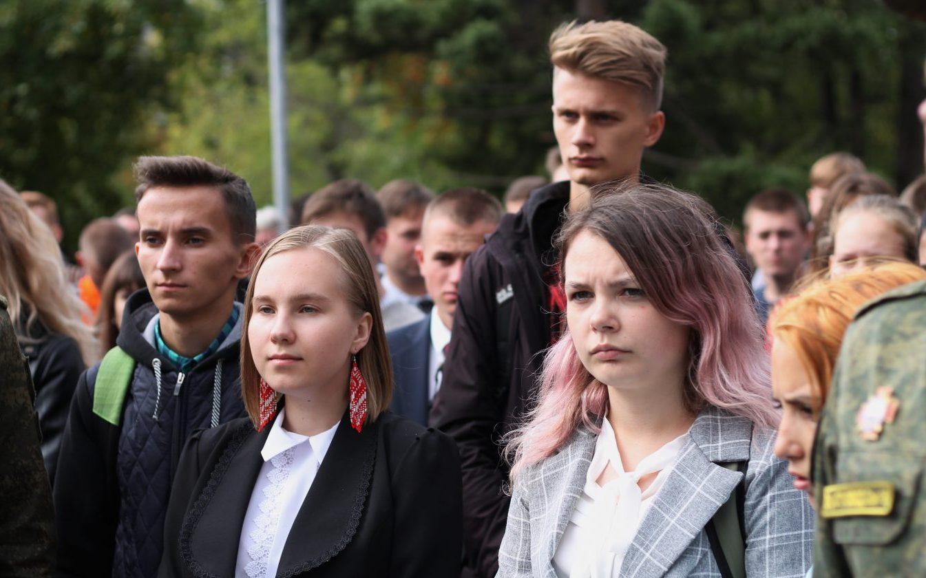В Барнауле прошла акция, посвященная Дню солидарности в борьбе с терроризмом