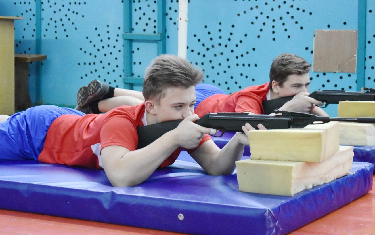 В Косихинском районе прошли военно-спортивные соревнования «Мы парни бравые!»