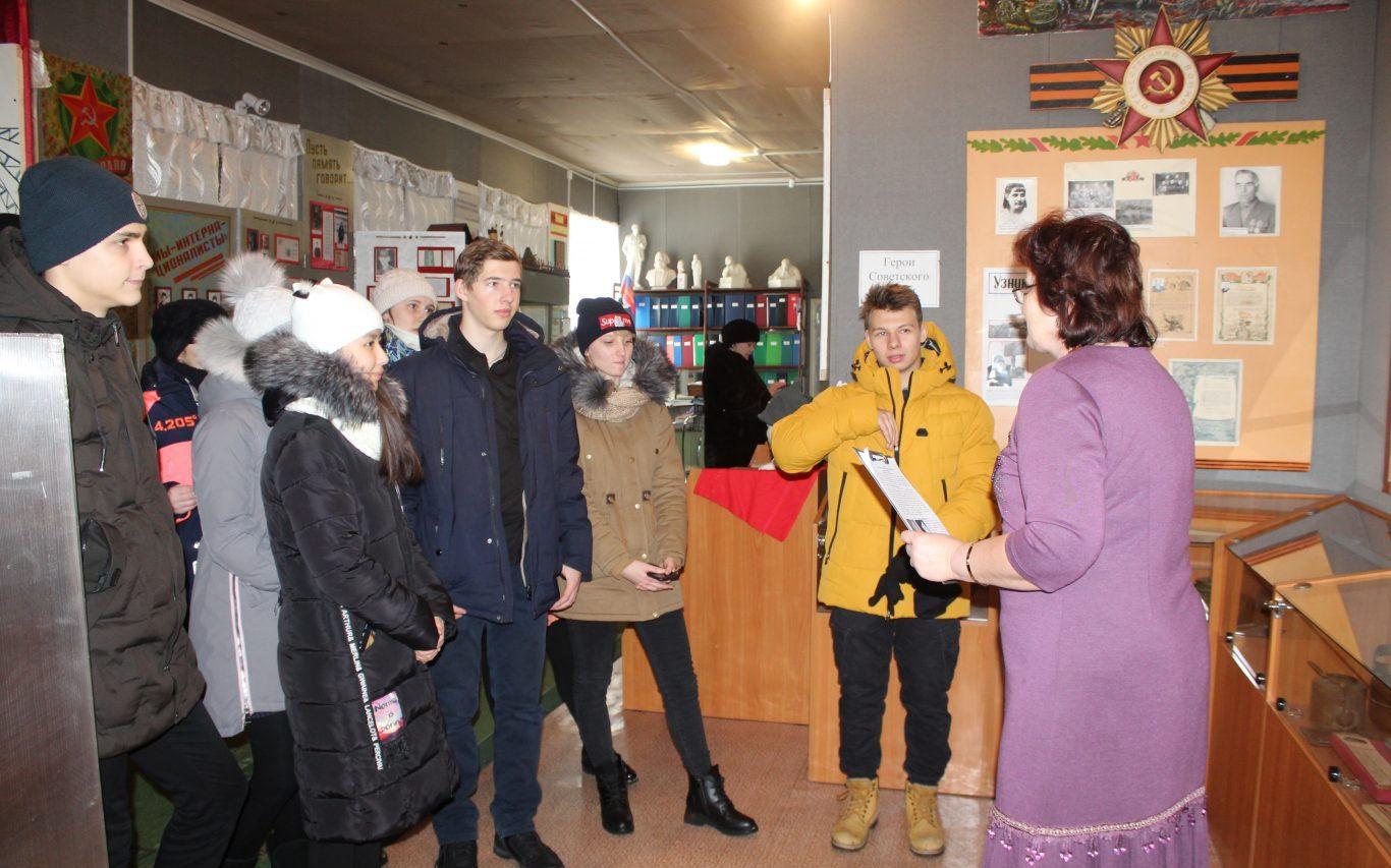 Бурлинские школьники стали участниками Всероссийского исторического квеста «Сталинградская битва»