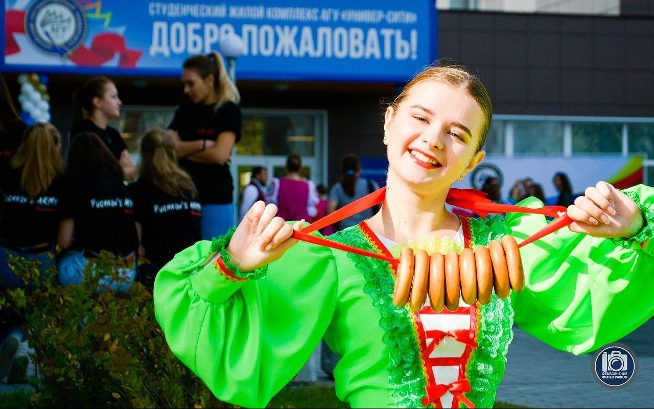 Солисты ансамбля танца АлтГУ «Родники» победили во всероссийском конкурсе