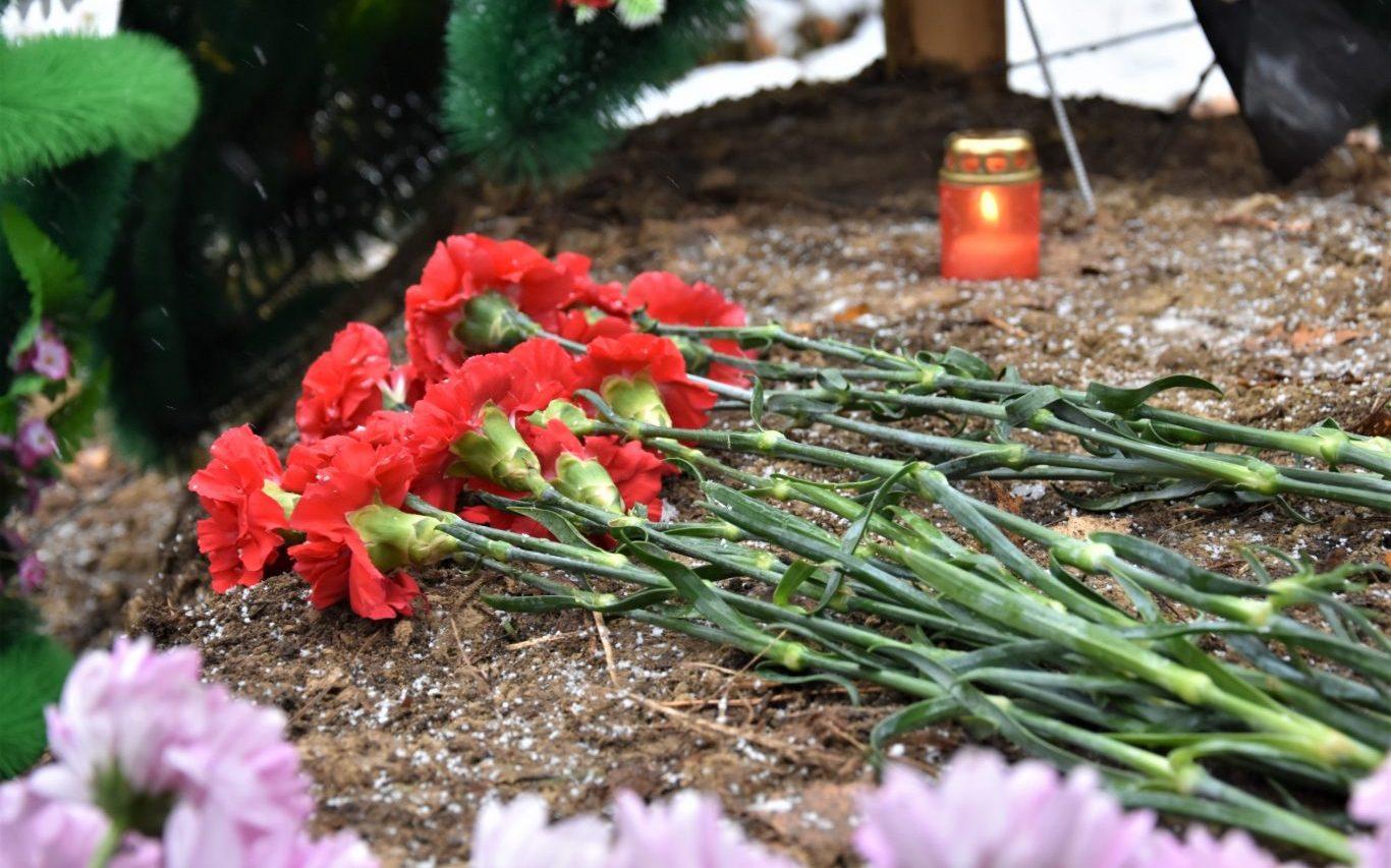 Алтайские поисковики приняли участие в захоронении останков красноармейца Трифона Сугатова, погибшего в годы Великой Отечественной войны