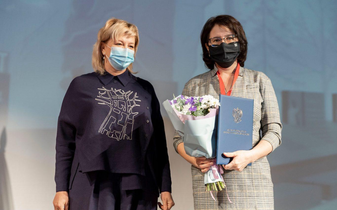 Представитель Поискового движения в Алтайском крае получила Благодарственное письмо Президента России