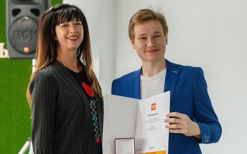 Более 200 алтайских волонтёров награждены памятными медалями за бескорыстный труд в рамках акции взаимопомощи #МыВместе