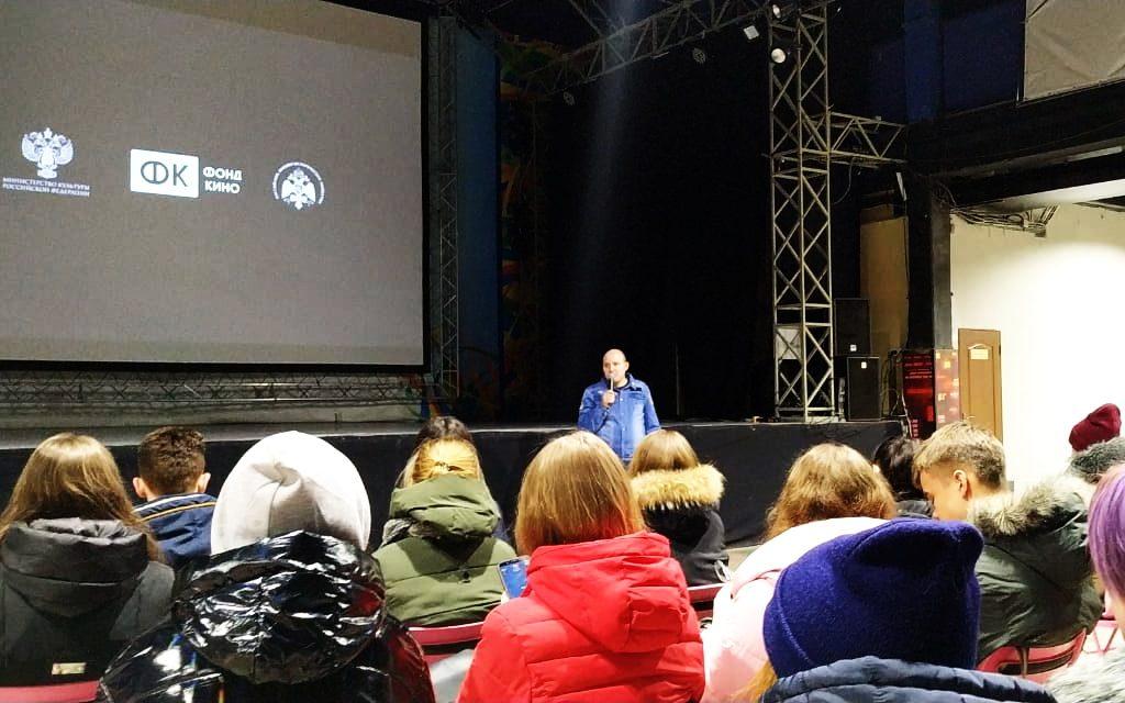 Более 120 человек в краевом центре уже посмотрели фильм «Подольские курсанты»