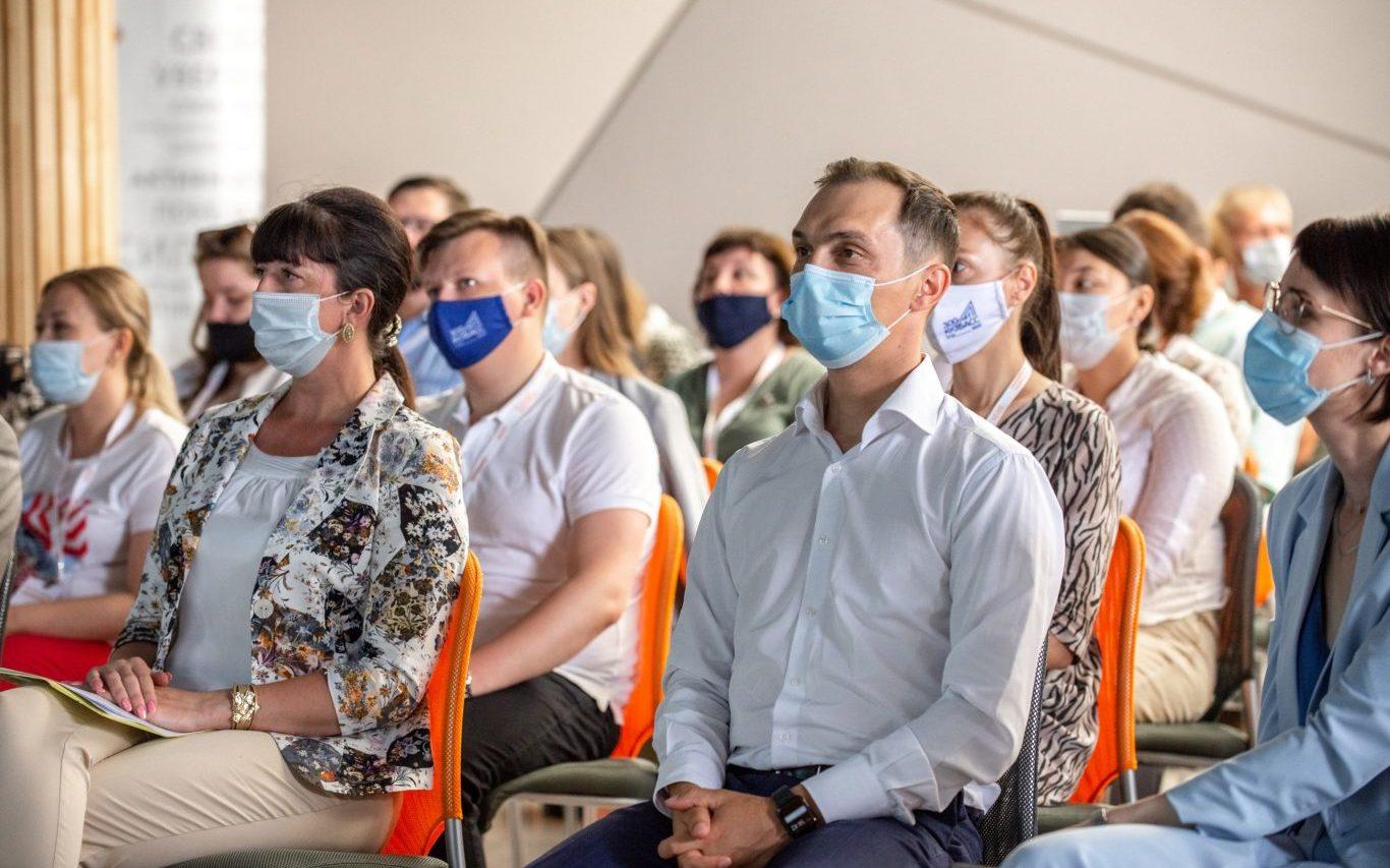 Специалисты молодёжной политики Сибири собрались в Барнауле на семинаре-совещании Росмолодёжи