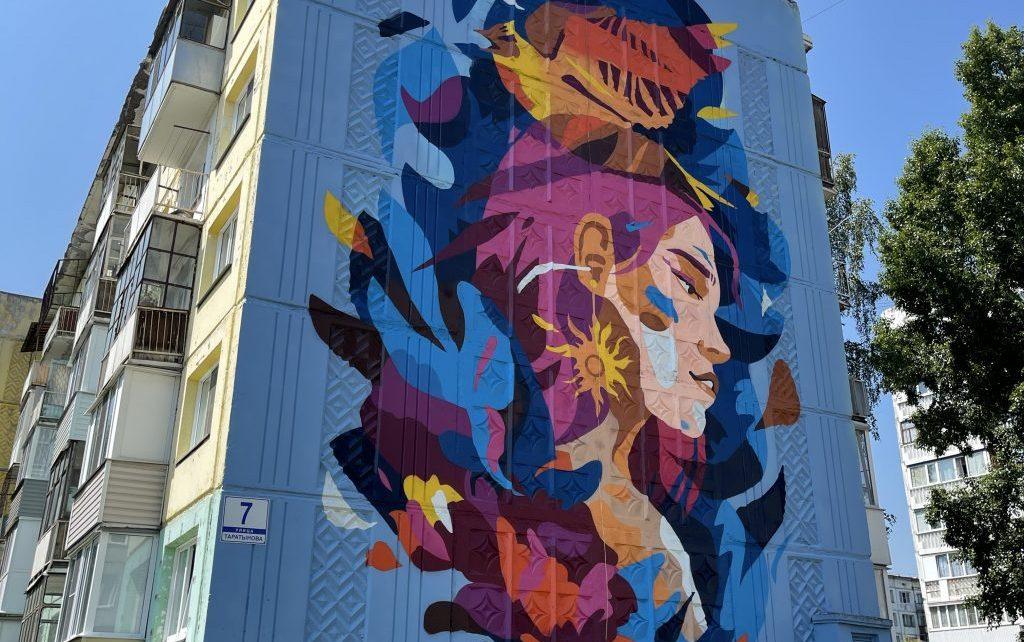 Не вандализм, а искусство: фестиваль стрит-арта проходит на Алтае